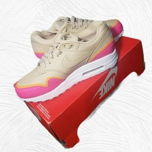 Available after Jul 23rd Women's Air Max 1 SE
